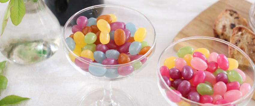 食卓にグミを『盛り付けて彩るお菓子の楽しみ方』